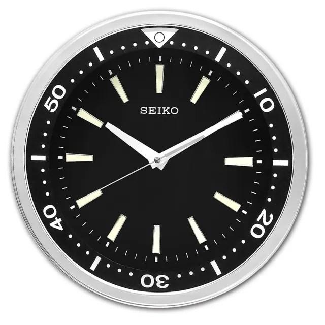 【SEIKO 精工】潛水錶造型 夜光 黑水鬼 滑動式秒針 餐廳客廳臥室 靜音掛鐘 / QXA723A(黑色)