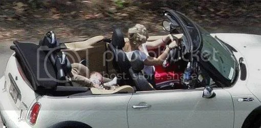 Britney and SPF in her Mini
