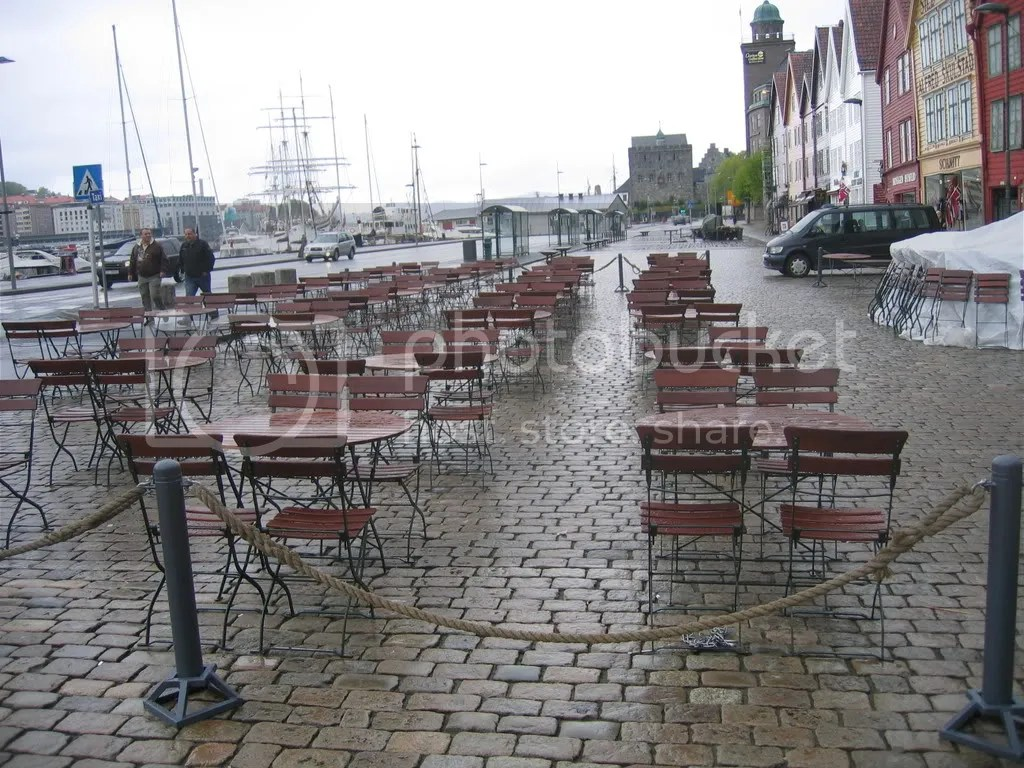 No rush for the chairs in Bergen