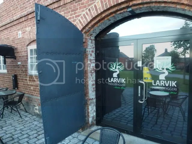 Mur og glass