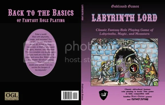 Capa de Labyrinth Lord em sua versão regular
