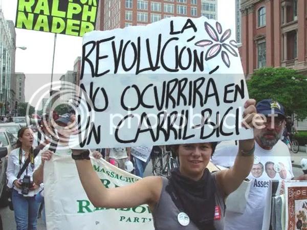 [foto: la revolución no ocurrirá en un carril-bici]