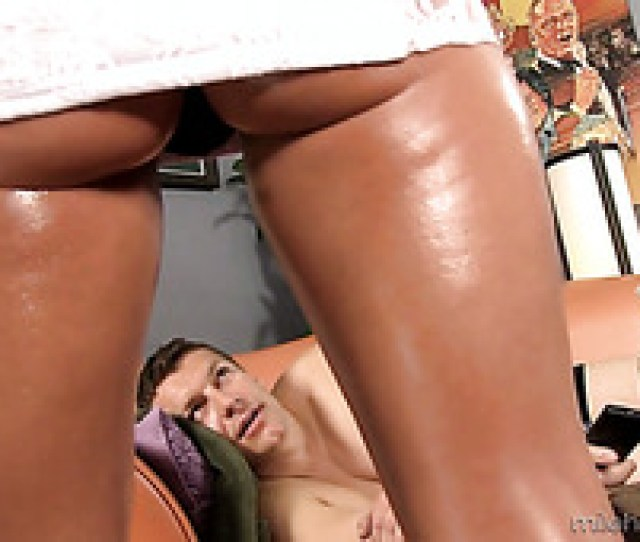 Oiled Sexy Hottie Jamie Jackson Gets Absorbed With Sucking Dick In 69