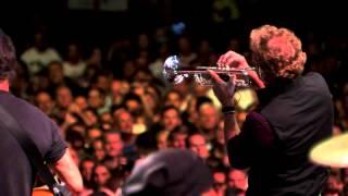 Bruce Springsteen - ″Stayin' Alive″ (Brisbane, 02/26/14)