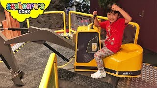 KIDS SCIENCE MUSEUM! Family fun trip indoor play area for children toys activities