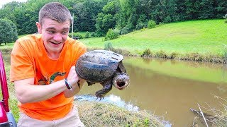 CATCHING SNAPPING TURTLES WITH CANE POLES!