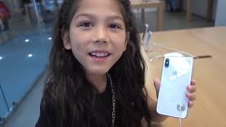 We buy them again the iPhone X and iPad!!!   Familia Diamond