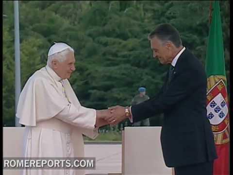 Benedicto   XVI llega a Portugal