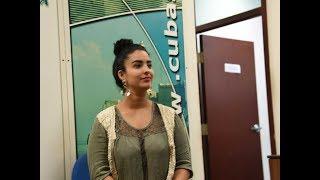 La actriz Dalaytti Martín visita CubaSi