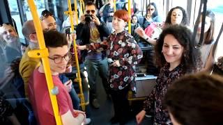 BusSing con lo Shining Voices Gospel Choir
