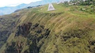 Most Dangerous Landing in Colombia - Cockpit View