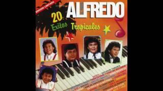 Alfredo El Pulpo Y Sus Teclados - Todo Me Recuerda A Ti