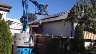 Roof cleaning, washing solar panels the right way
