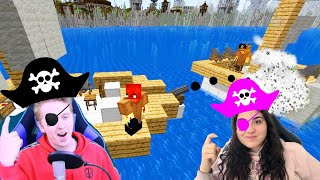 We BATTLED as PIRATES! Playing SHIP WARS in MINECRAFT!