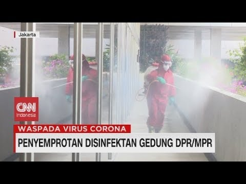 Penyemprotan Disinfektan Gedung DPR MPR