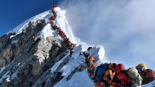 How Many Risk Their Lives to Climb Mount Everest