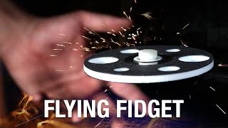 FLYING FIDGET SPINNER, yes really! | GIACO