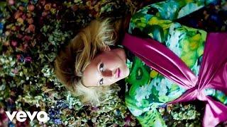 Ellie Goulding, Diplo, Swae Lee - Close To Me