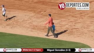 Miguel Gonzalez recorre las bases luego de ganarle a los Tigres de Detroit