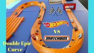 Hot Wheels vs Matchbox Double Epic Curve tournament race