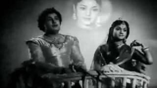 அச்சம் என்பது மடமையடா,மன்னாதி மன்னன்