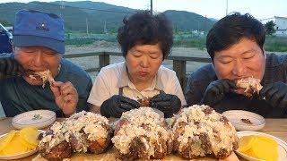 마늘 듬뿍~ 가마솥 [[마늘통닭(Garlic chicken)]] 요리&먹방!! - Mukbang eating show