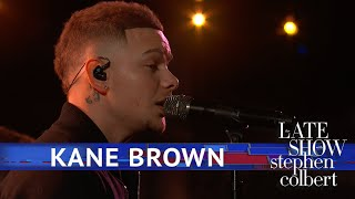 Kane Brown Performs 'Homesick'