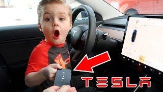 Giving My 5 Year Old Kid My Tesla Model 3