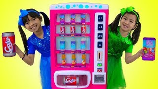 Emma & Jannie Pretend Play w/ Pink Vending Machine Soda Kids Toys