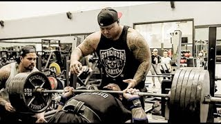 CRAZIEST MAX BENCH PRESS BATTLE OF ALL TIME!