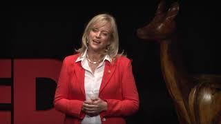Aprendiendo a pensar de una nueva manera | Karen Hallberg | TEDxBariloche