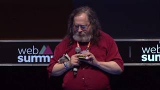 Reclaim your freedom with free libre software now - Richard Stallman of Free Software Movement