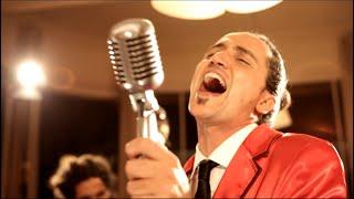 Tu vuo fa l' americano - Tribute by Carosones