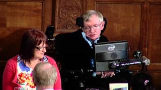 Prof Stephen Hawking pays tribute to his college Gonville & Caius