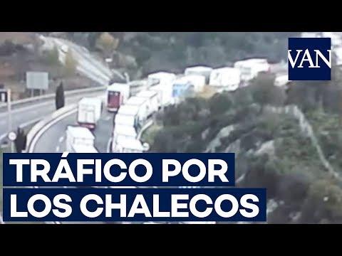 Colas kilométricas en La Jonquera por las protestas de los 'chalecos amarillos'