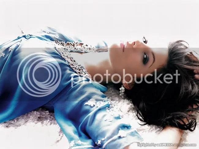 Eva Longoria - Ruven Afanador Shoot - Elle UK