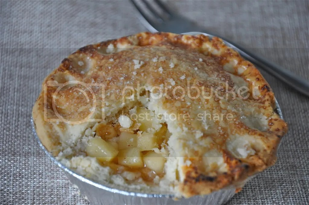 individual apple pie