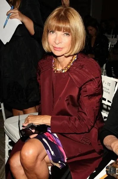 Anna Wintour at Oscar de la Renta Spring/Summer 2010