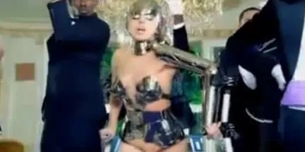 Lady Gaga in vintage Thierry Mugler