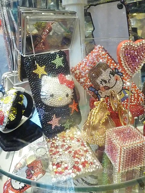 Swarovski crystal cell phone covers and cases for iphone