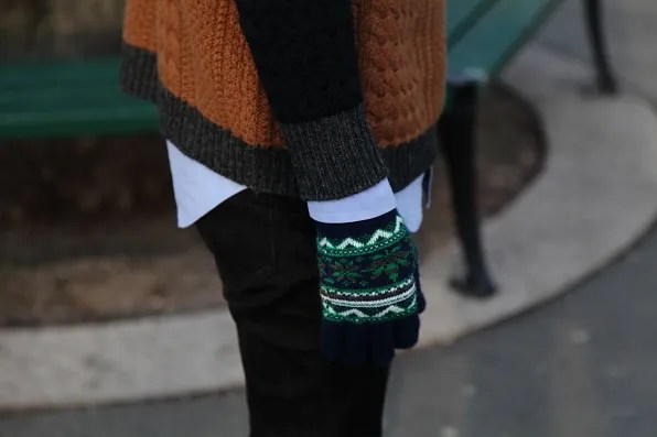 Urban Outfitters gloves