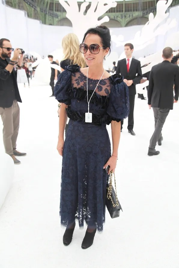 Lady Amanda Harlech at Chanel spring summer 2012 fashion show