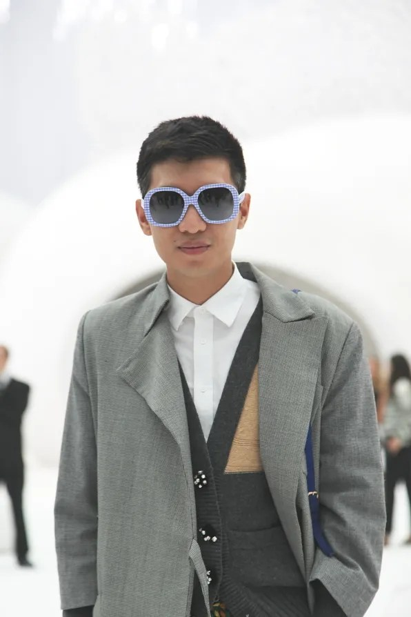 Bryanboy inside the Grand Palais turned Aquarium for the Chanel spring summer 2012 fashion show.