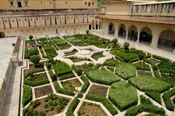 The gardens of Amber Palace, Jaipur