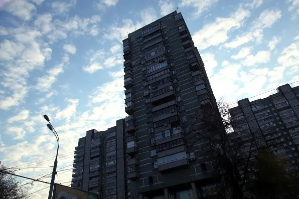 An apartment building in the outskirts of Moscow.