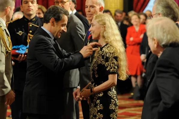Nicolas Sarkozy awarding Franca Sozzani the Legion d'Honneur