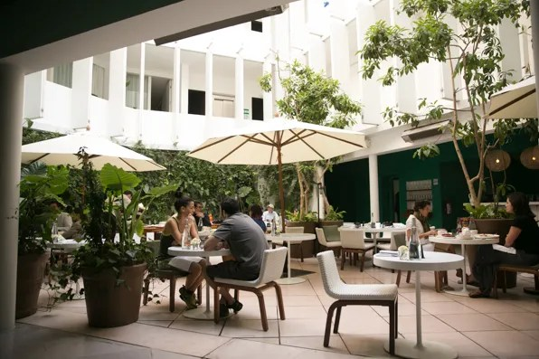 Condesa DF Hotel Courtyard cafe