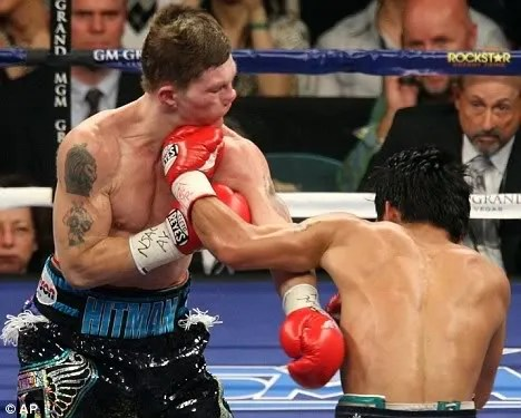 Pacquiao vs Hatton knock out pics