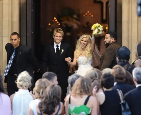 Heidi Montag and Spencer Pratt Married in Pasadena, California. Wedding pictures