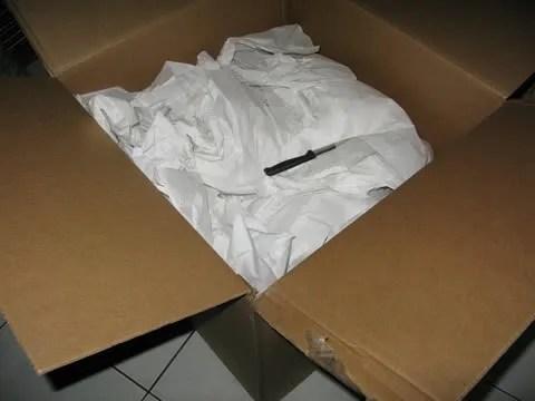 Marc Jacobs box sent to Bryanboy via DHL